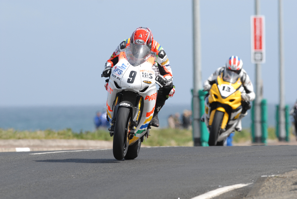 Ian Hutchinson leads Adrian Archibald at the NW200