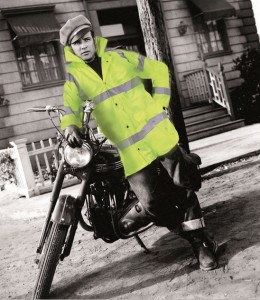 Brando in high visibility clothing